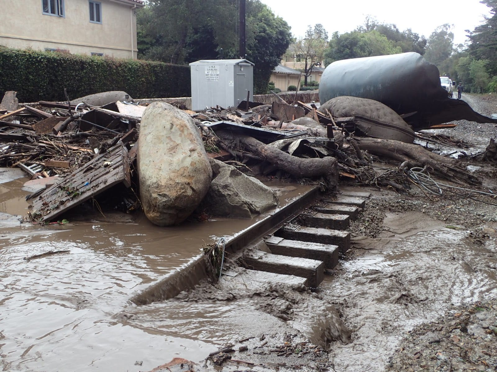 1/9 Debris Flow, Olive Mill Road at railroad tracks
